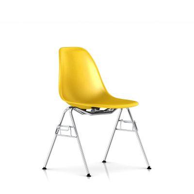 Eames 堆叠底座模压玻璃纤维单椅