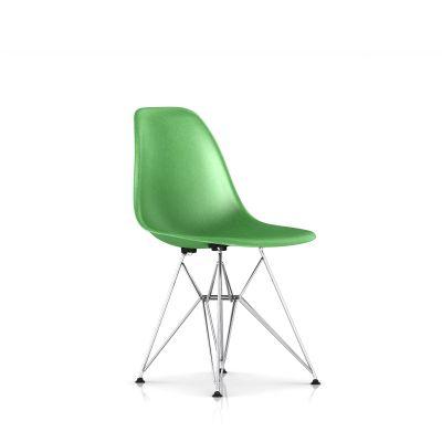 Eames 金属底座模压玻璃纤维单椅