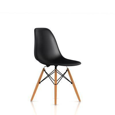 Eames 木质底座模压塑壳单椅
