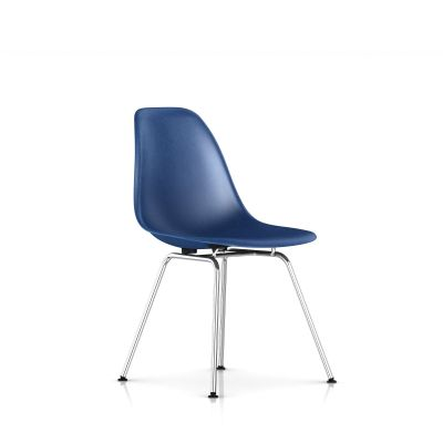 Eames 4腿底座模压玻璃纤维单椅
