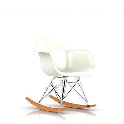 Eames 摇杆底座模压塑壳扶手椅